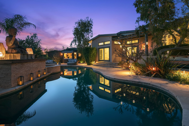 The three buildings on two separate plots of land offer six bedrooms and six baths, plus a pool, gym, home theater and more. Many hours have been logged in Prydz's home studio, as proven by the armrest on the desk. Photo: www.thealtmanbrothers.com